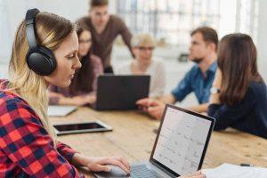 Noise Cancelling Headphones 2