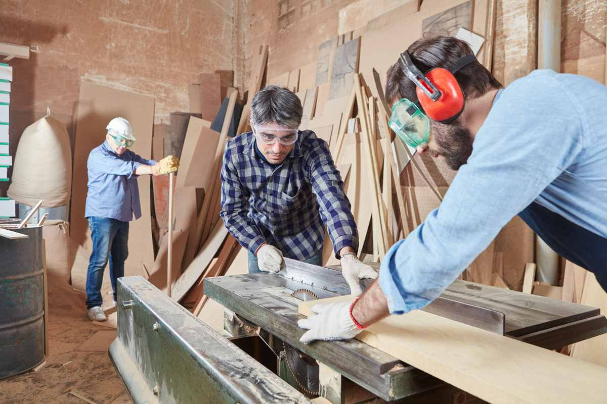 Woodshop Hearing Protection: Best Woodworking Ear Protectors