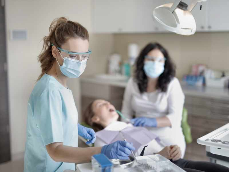 Dentists 3