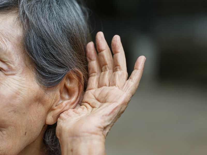 Hearing Aids For Elderly - Make Lives Convenient And Make Them Feel Loved