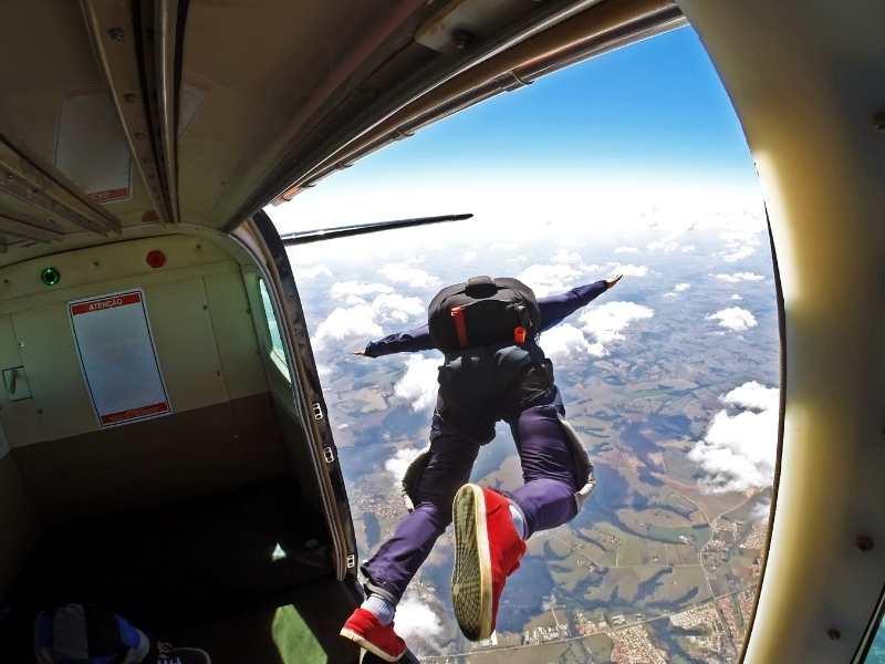 Skydiving 1